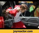 How To Arrest Justin Bieber,Howto,,Today I show you how to arrest Justin Bieber.  Recently Justin Bieber was arrested in Miami for drag-racing, I can proudly say that I was the officer than took him into custody after he resisted arrest. When I heard he was causing trouble I immediately called